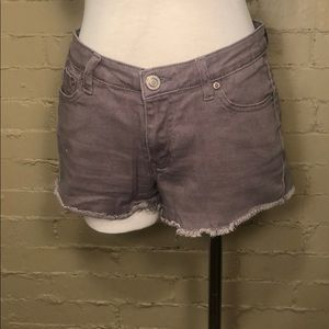 Rue21 Mid Rise Grey Shorts: 7/8